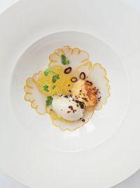 Food-charlie-trotters-menus-4-0409-md